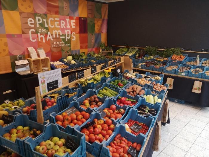85 fruits et légumes sur l'etal de l'épicerie